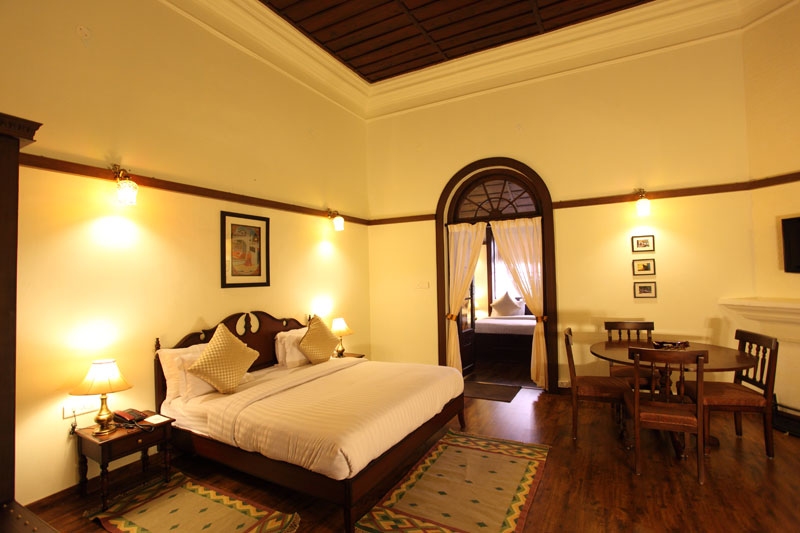 Sightseeing in mussoorie budget hotel accommodation cheap for Cheap bedroom suites deals